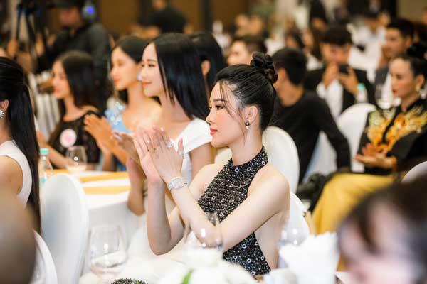 Á hậu Thái Như Ngọc xinh đẹp, tươi trẻ trong đêm thi bikini của Hoa hậu Việt Nam - hình ảnh 11
