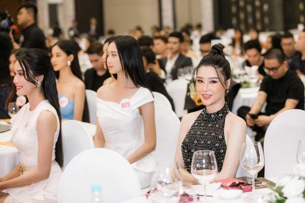 Á hậu Thái Như Ngọc xinh đẹp, tươi trẻ trong đêm thi bikini của Hoa hậu Việt Nam - hình ảnh 12