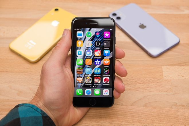 Ba mẫu iPhone đáng mua nhất cho người hạn chế ngân sách - 2
