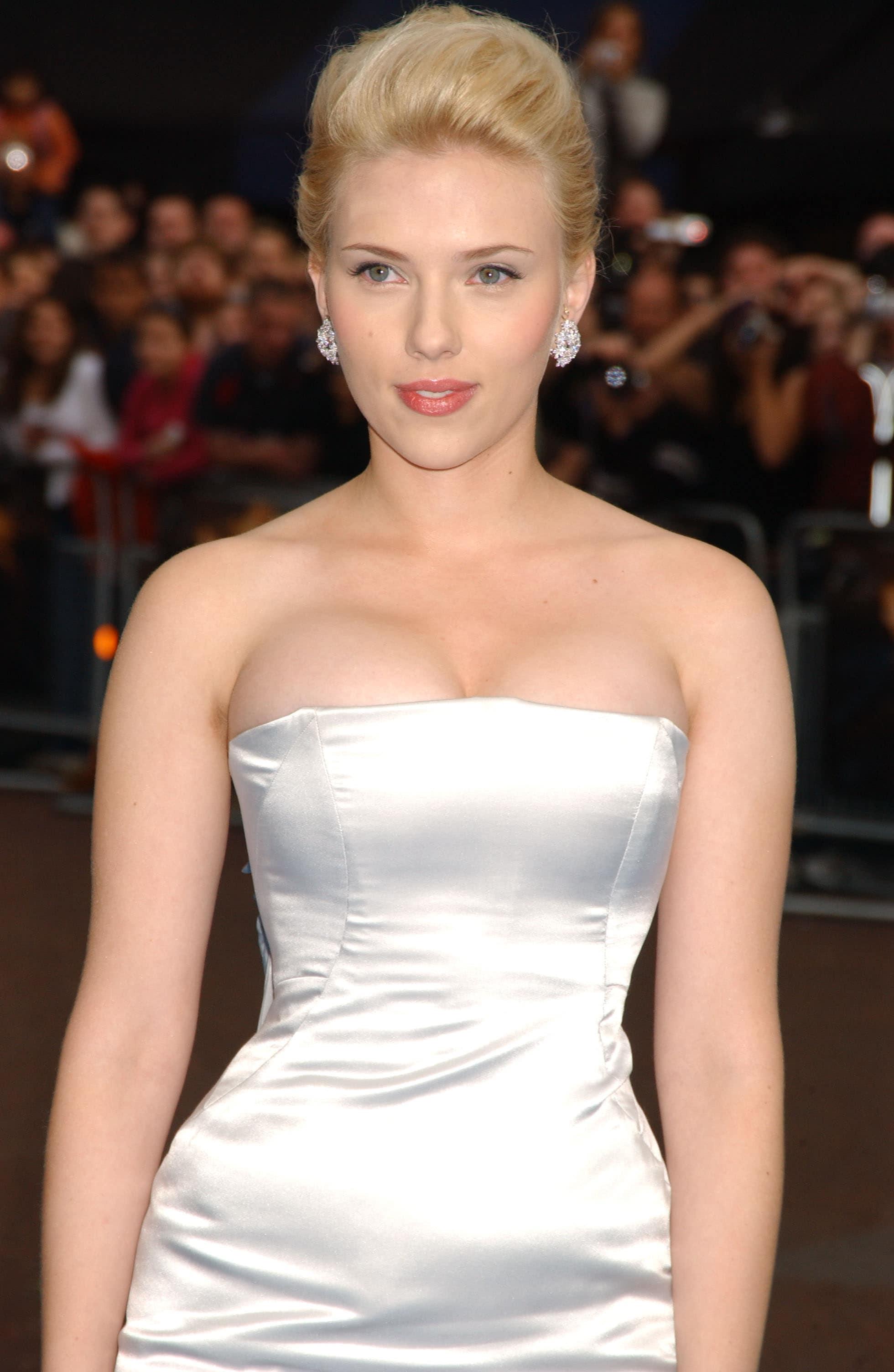 """Vẻ nóng bỏng của """"cô đào hot nhất Hollywood"""", khiến fan mê mệt - hình ảnh 6"""
