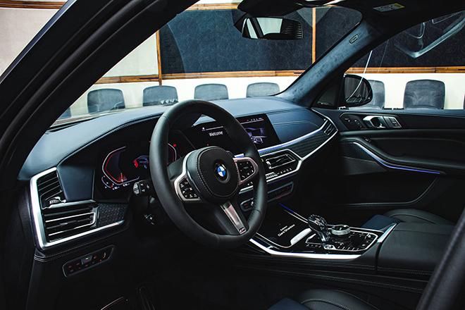 Soi chi tiết BMW X7 phiên bản Dark Shadow 500 chiếc trên toàn cầu - 8