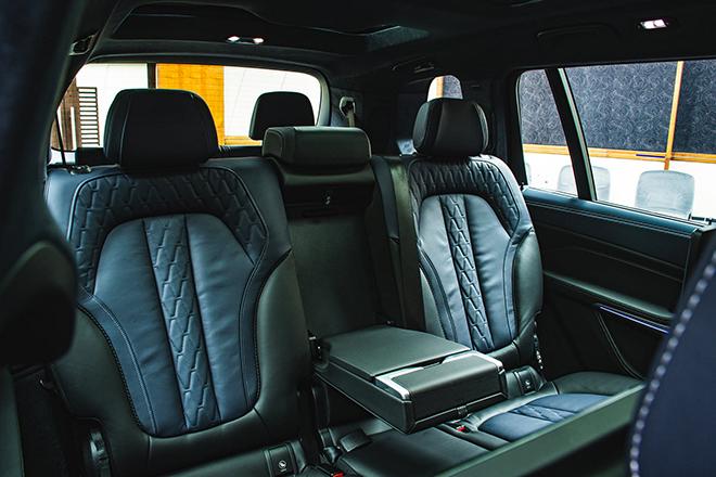 Soi chi tiết BMW X7 phiên bản Dark Shadow 500 chiếc trên toàn cầu - 9