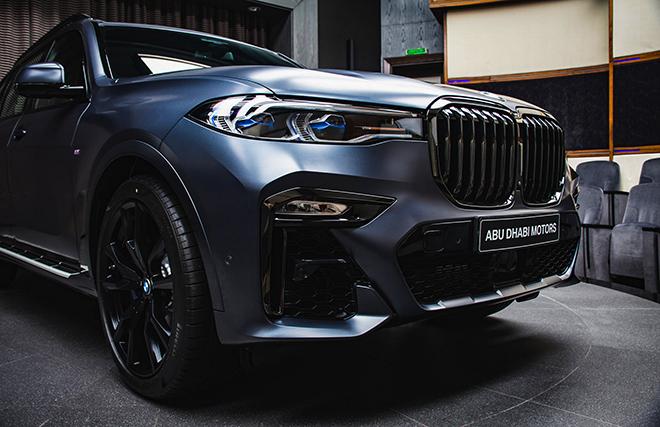 Soi chi tiết BMW X7 phiên bản Dark Shadow 500 chiếc trên toàn cầu - 4