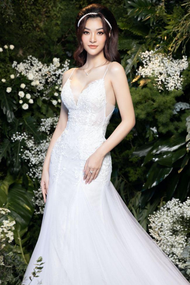 Lương Thuỳ Linh – Kiều Loan kiêu sa trong váy cưới - hình ảnh 3