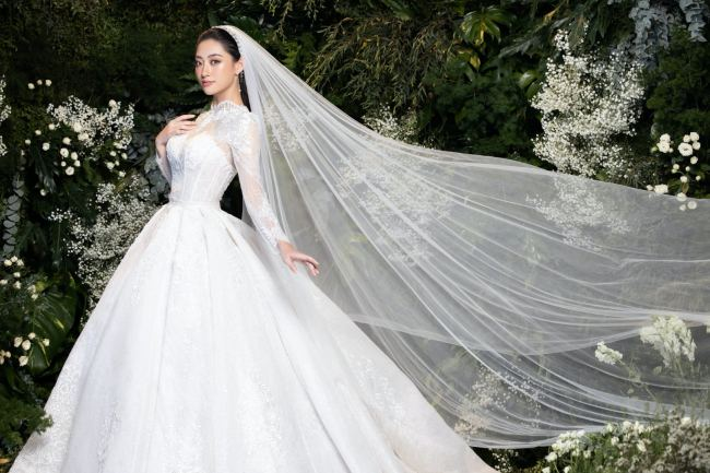 Lương Thuỳ Linh – Kiều Loan kiêu sa trong váy cưới - hình ảnh 4