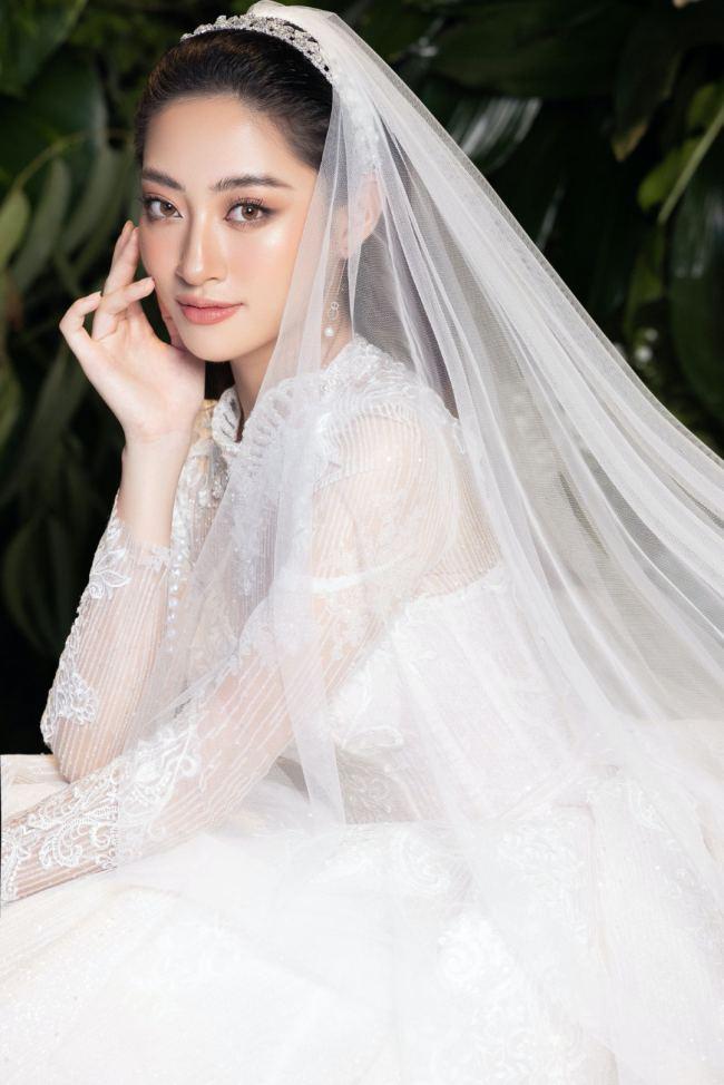 Lương Thuỳ Linh – Kiều Loan kiêu sa trong váy cưới - hình ảnh 5