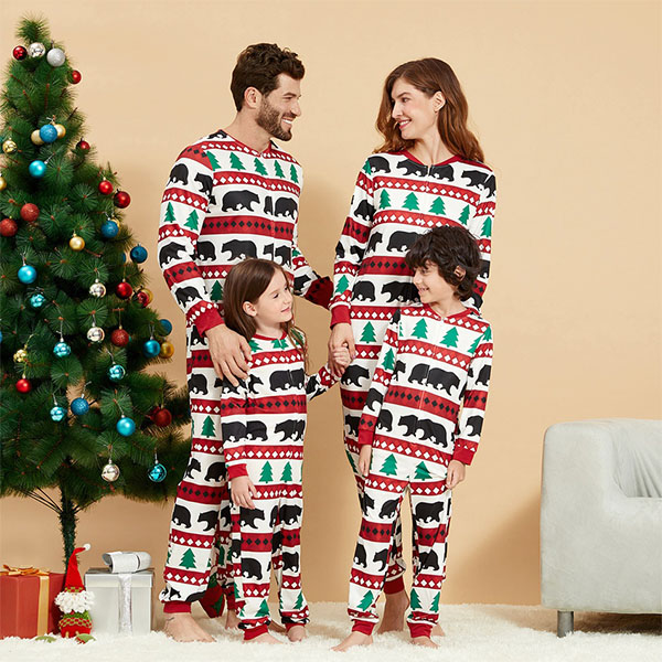 7 gợi ý pyjama Giáng sinh xinh xắn, ấm cúng cho cả gia đình - hình ảnh 1