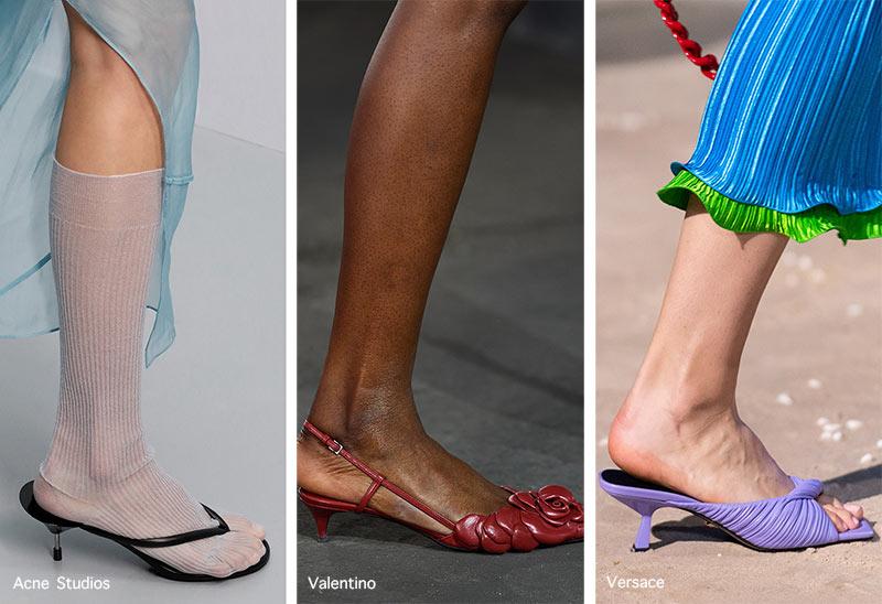 Xu hướng giày Xuân/Hè 2021: độc đáo với giày đế gấp, sneaker lai - 1