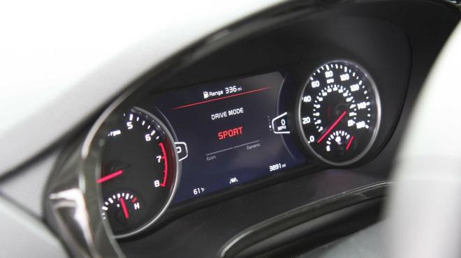Đánh giá ưu nhược điểm của 2021 Kia Seltos SX Turbo - 4