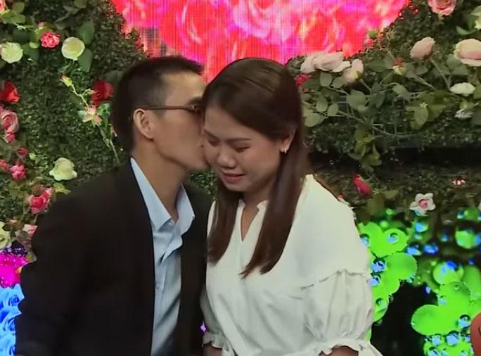 Chưa mở rào gặp bạn gái, chàng trai Nghệ An đã bật khóc nức nở - hình ảnh 8
