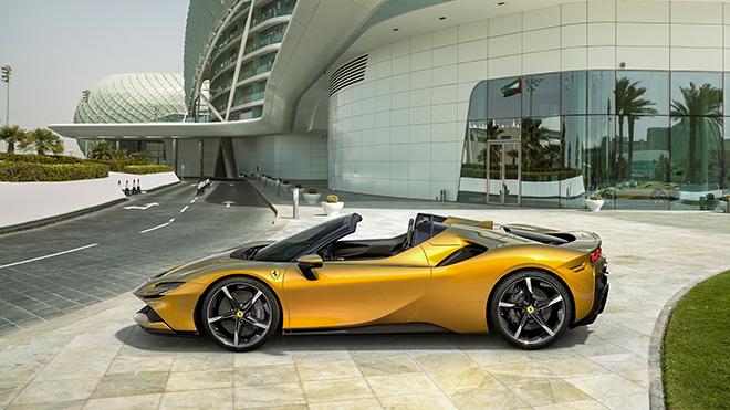 Siêu xe Ferrari SF90 mui trần trình làng, công suất 1.000 mã lực - 1
