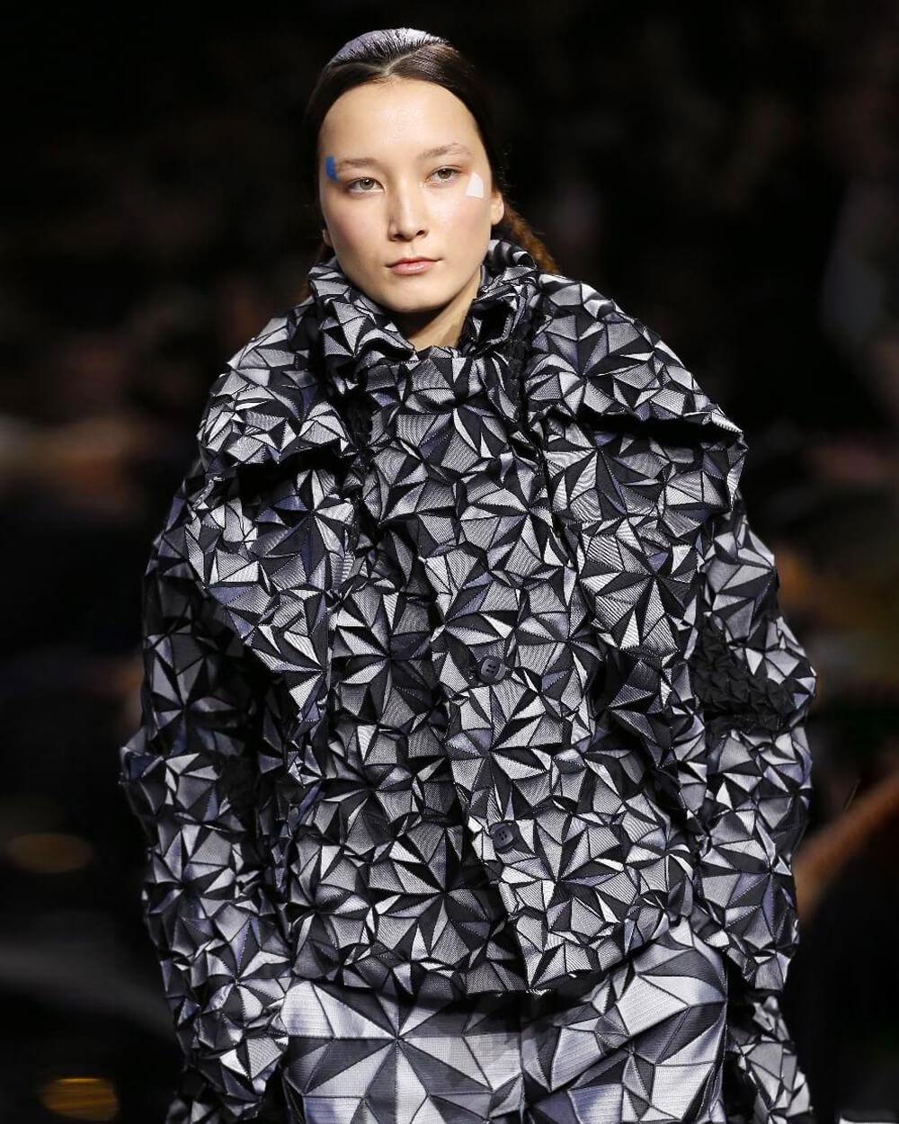 Thời trang Nhật Bản và những bước tiến tiên phong đổi mới - hình ảnh 10