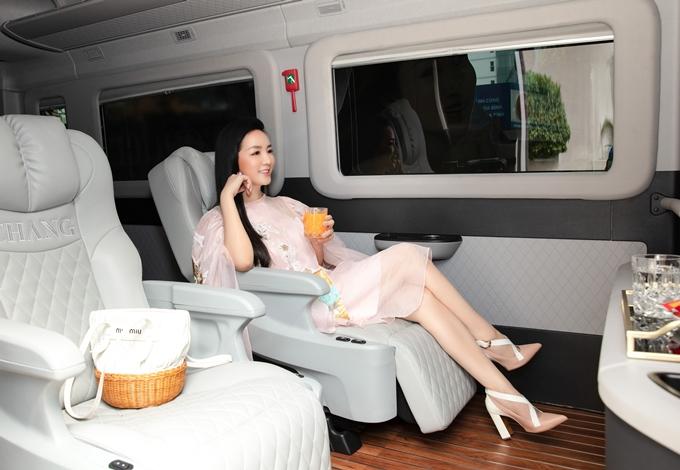 Hoa hậu Giáng My khoe thân hình gợi cảm hút mọi chú ý - 10