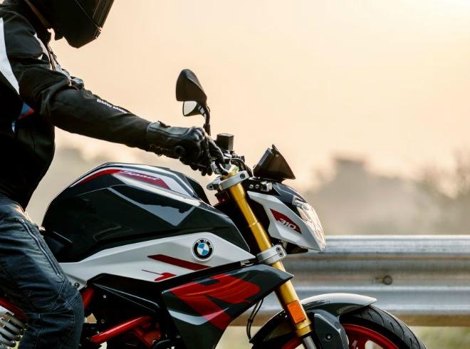 2021 BMW Motorrad G310R: Xế chồm lỡ cuốn hút dân tập chơi - 3