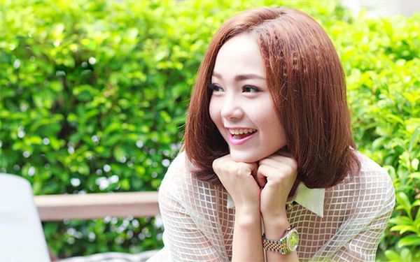 25 kiểu tóc ngắn uốn đẹp phù hợp với mọi gương mặt hot nhất hiện nay - hình ảnh 21