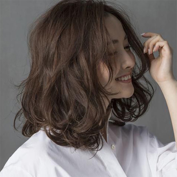 25 kiểu tóc ngắn uốn đẹp phù hợp với mọi gương mặt hot nhất hiện nay - hình ảnh 5