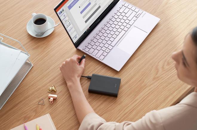 """Asus trình làng laptop 13.3"""" và 14"""" mỏng nhất thế giới - 2"""
