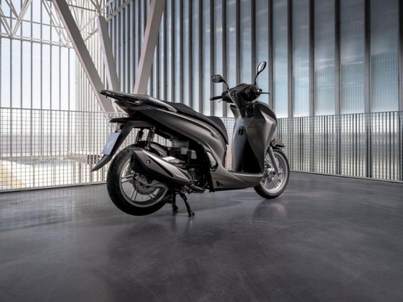 Honda SH350i và những mẫu xe máy cực hot vừa ra mắt - 4