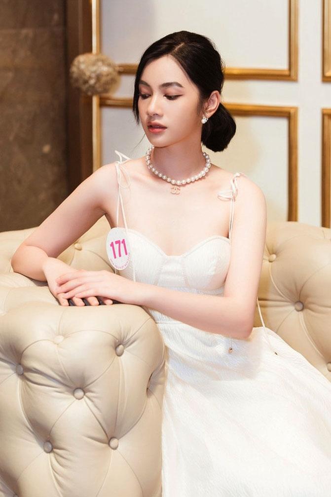 Ngây ngất nhan sắc của người đẹp tóc ngắn nhất Hoa hậu Việt Nam 2020 - hình ảnh 8