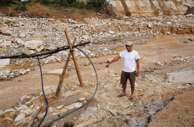 CLIP: Kinh hoàng cảnh tượng tan hoang tại Phước Thành sau 3 tuần cô lập - 10