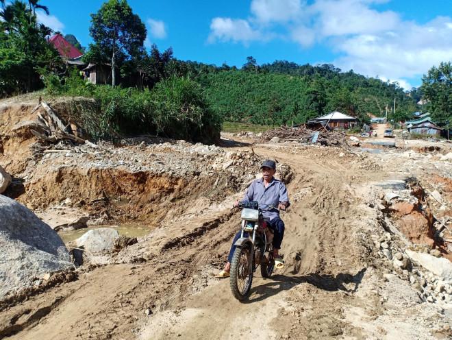 CLIP: Kinh hoàng cảnh tượng tan hoang tại Phước Thành sau 3 tuần cô lập - 12