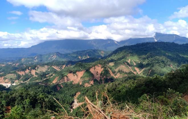 CLIP: Kinh hoàng cảnh tượng tan hoang tại Phước Thành sau 3 tuần cô lập - 15