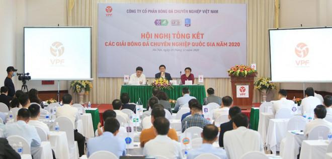 V-League 2021 ưu tiên dùng trọng tài nội, vì sao? - 1