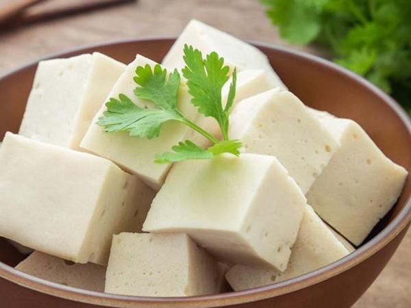 Hãy chăm đưa 9 loại thực phẩm sau vào bữa ăn để tránh được hiểm họa đau xương khớp lúc về già - 3