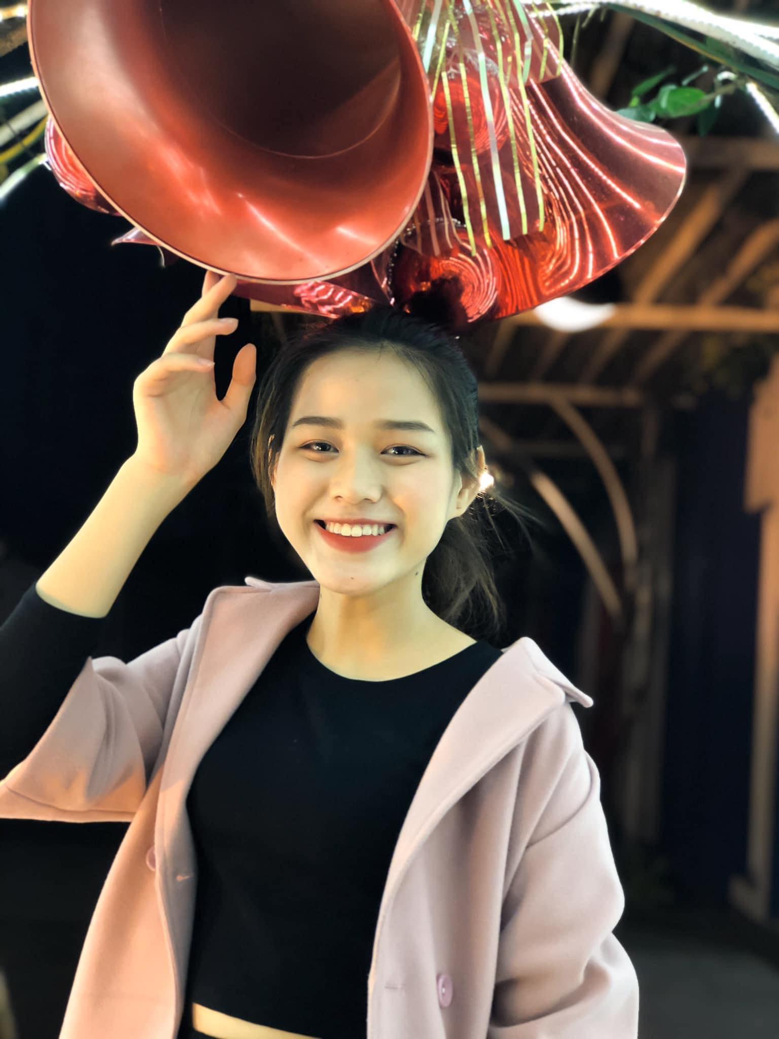 """Nhan sắc thật, mặt mộc """"thách thức camera thường"""" của Top 3 Hoa Hậu Việt Nam 2020 - hình ảnh 5"""