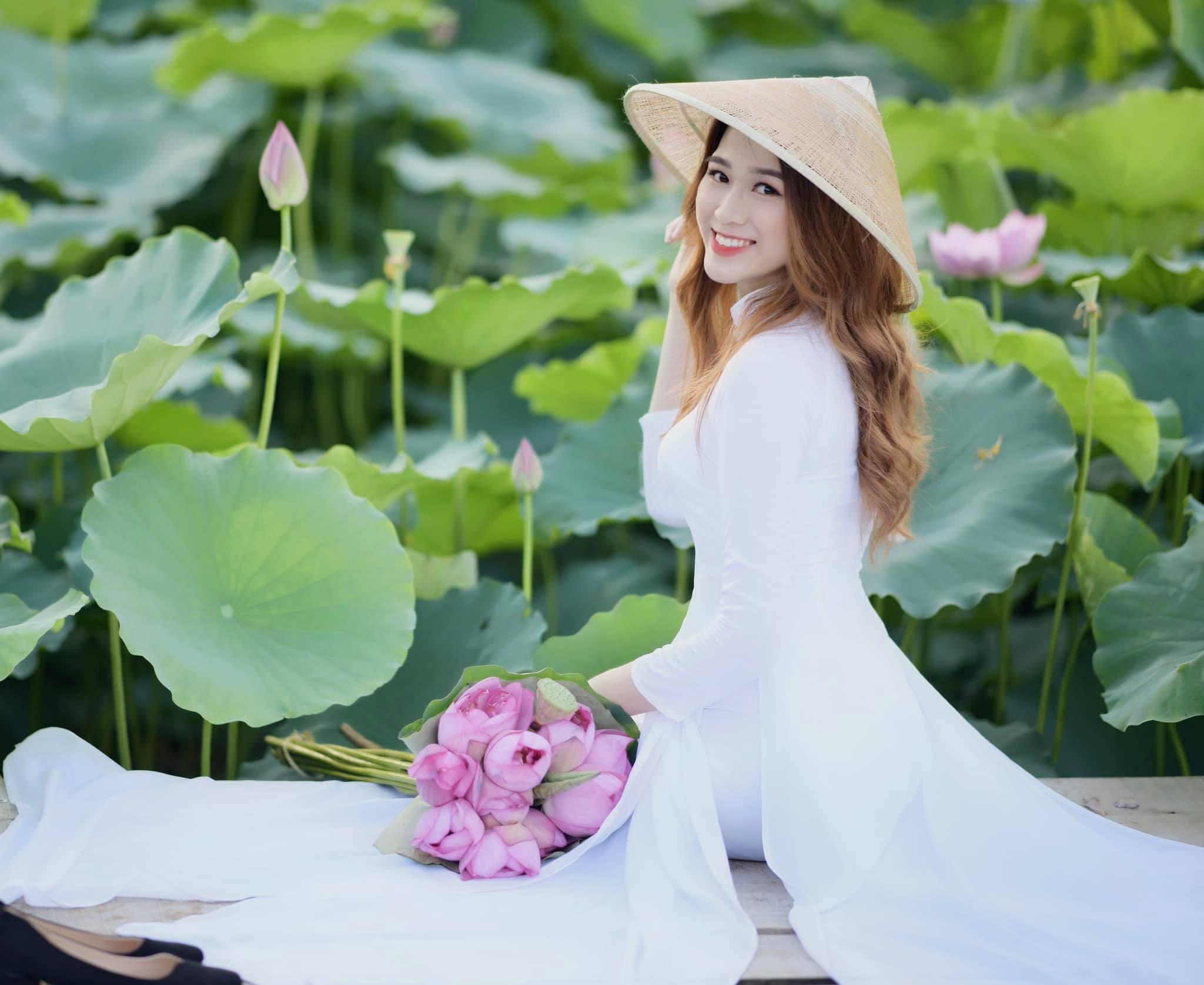 Tân Hoa hậu Việt Nam: Chân dài 1m11, con nhà nông, phải tích cóp từng đồng đi thi - 7