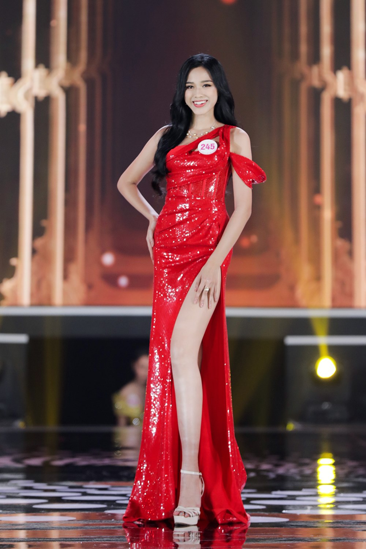 Tân Hoa hậu Việt Nam: Chân dài 1m11, con nhà nông, phải tích cóp từng đồng đi thi - 2