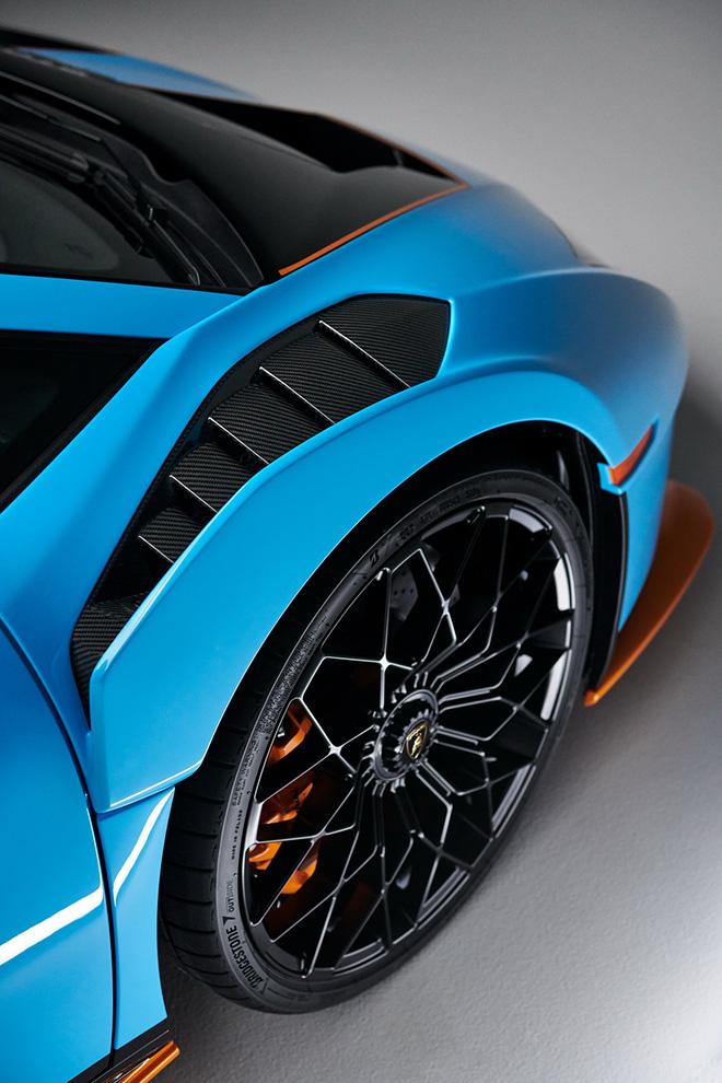 Lamborghini Huracan STO siêu phẩm mới chính thức được ra mắt - 10