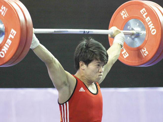 Vì sao cử tạ Việt Nam bất ngờ giành huy chương Olympic? - 1