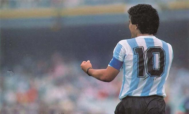 Maradona từ trần: Vì ý tưởng kỳ quặc, Messi có bị tước áo ở ĐT Argentina? - 1