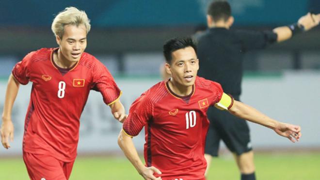 Bất ngờ ĐT Việt Nam thăng hạng trên BXH FIFA mới nhất dù không thi đấu - 1