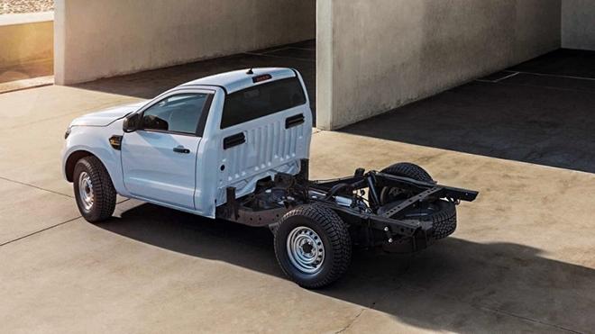 Ford Ranger có thêm bản không thùng sau tại châu Âu - 1