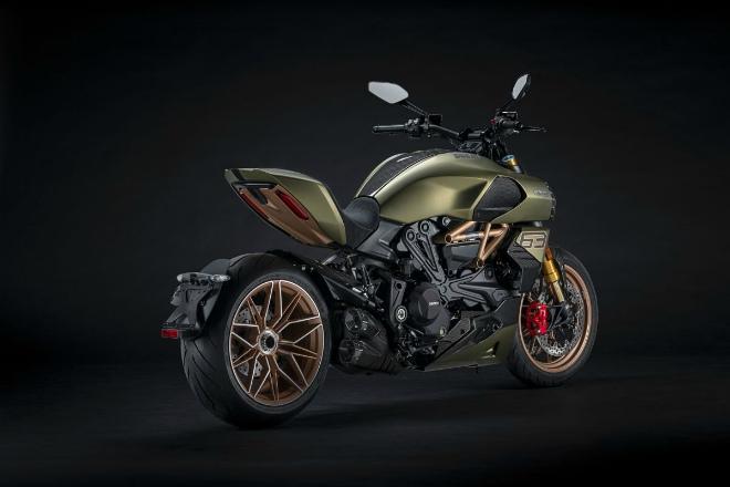 """""""Siêu bò"""" Ducati Diavel 1260 Lamborghini Edition ra mắt, số lượng siêu hiếm - 13"""