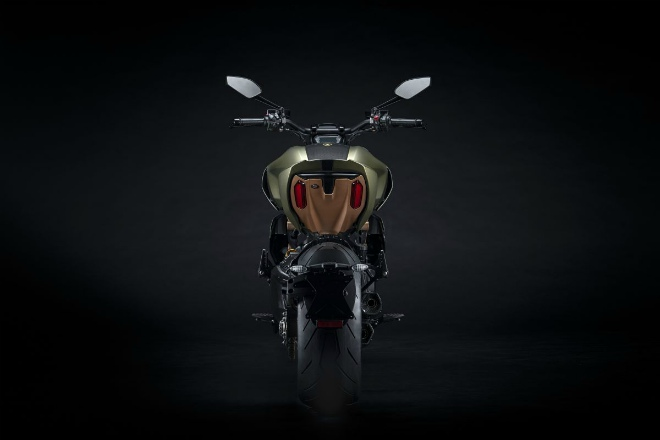 """""""Siêu bò"""" Ducati Diavel 1260 Lamborghini Edition ra mắt, số lượng siêu hiếm - 9"""