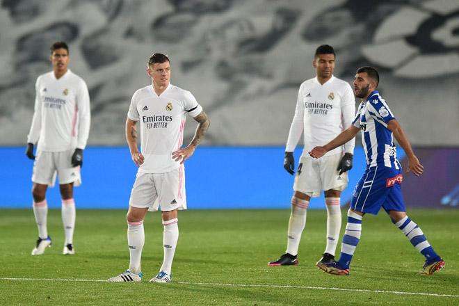Real Madrid thua đau lại đón tin dữ về Hazard: Zidane biện minh điều gì? - 1