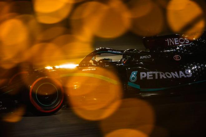 Đua xe F1, phân hạng Bahrain GP 2020: Hamilton có lần thứ 98 giành pole - 4