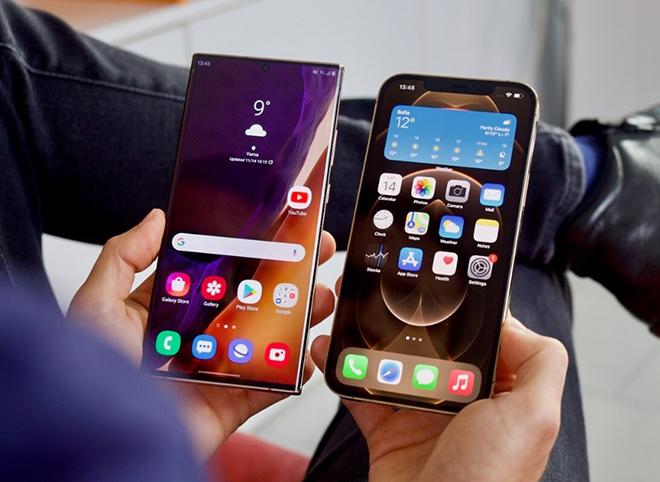 """Đọ sức hai """"quái thú"""" iPhone 12 Pro Max và Galaxy Note 20 Ultra - 3"""