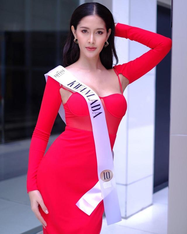 """Sắc vóc của Hoa hậu Chuyển giới Thái Lan từng là """"fan cứng"""" của Hương Giang - 5"""