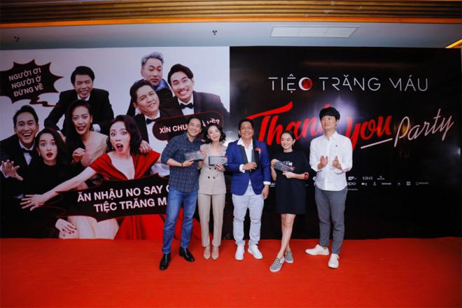"""""""Tiệc trăng máu"""" lọt top 3 phim Việt có doanh thu cao nhất lịch sử - 1"""