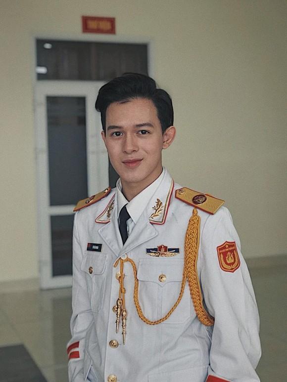 Quang Hải và dàn sao Việt khi trở thành tân sinh viên gây ngỡ ngàng - hình ảnh 12