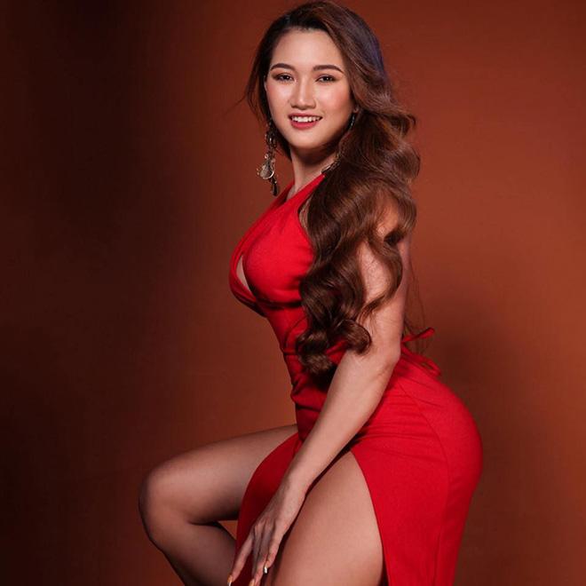 """Nữ sinh Cẩm Tiên mê gym, """"lột xác"""" nóng bỏng với vòng ba 100cm - 9"""