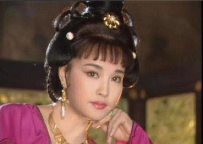 """""""Võ Tắc Thiên"""" Lưu Hiểu Khánh nhan sắc khác lạ vì thẩm mỹ quá đà? - 3"""