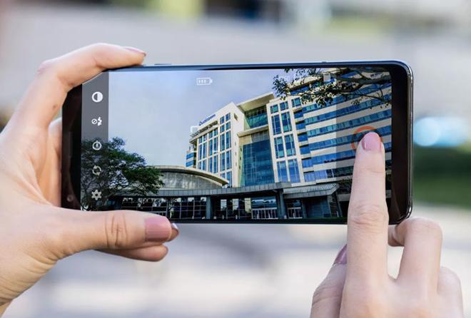 """Khám phá sức mạnh """"huỷ diệt"""" iPhone 12 của chip Snapdragon 888 trong Galaxy S21 - 3"""