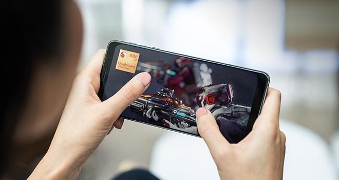 """Khám phá sức mạnh """"huỷ diệt"""" iPhone 12 của chip Snapdragon 888 trong Galaxy S21 - 2"""