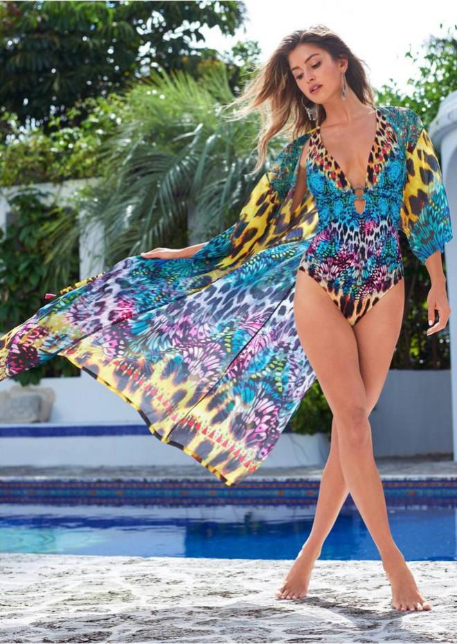 Mê mẩn ngắm nàng mẫu Gigi Paris xinh đẹp gợi cảm với đồ bơi sắc màu - 8
