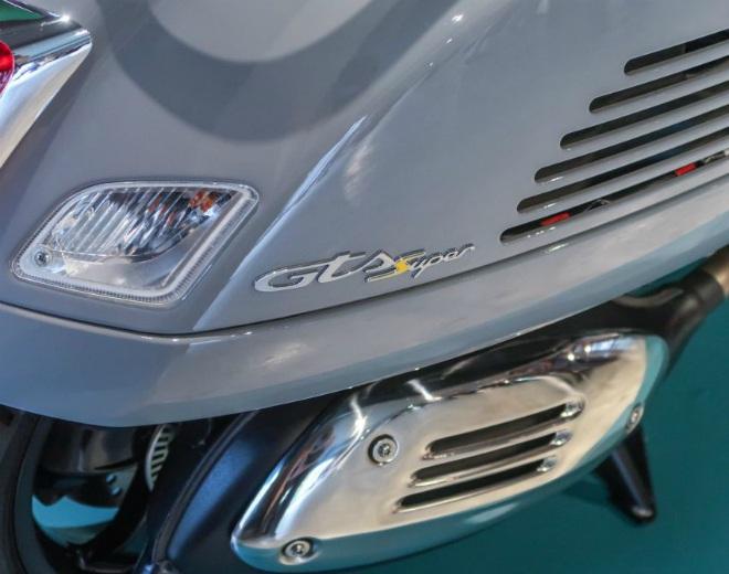 Cận cảnh xe ga hạng sang 2021 Vespa GTS 300 HPE Super Tech - 10